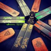 Goodbye June ✌🏽 Hello July👋🏾   Peruvian Incense is finally here! Welcoming a beautiful series of Palo Santo incense ethically crafted, manufactured and packaged in Peru. We can't stop ourselves from falling head over heels with Impala Incense!   Featuring 5 fragrances each containing Palo Santo, each little square box contains 10 sticks of incense that burn 30 minutes each!    Welcome this new Month with a deep cleansing and a fresh start!             #orientalmontreal #incense #encens #ispalla #ispallaincense #peruvianincense #madeinperu #ritual #rituals #ritualincense #esoteric #metaphysicalshop #metaphysical #divinefeminine #sacredsisterhood